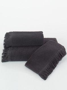 FRINGE ručníky a osušky v zajímavém provedení černé/antracit barvě.