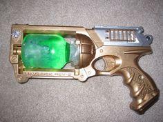 Final Steampunk Gun tutorial out of a Nerf gun…. Mike Tiffany Final Steampunk Gun tutorial out of a Nerf gun…. Steampunk Shop, Steampunk Accessoires, Mode Steampunk, Steampunk Weapons, Steampunk Halloween, Steampunk Gadgets, Steampunk Crafts, Steampunk Cosplay, Steampunk Design