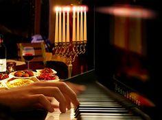 Festliches israelisches Dinner mit Live-Pianomusik und Weinbegleitung  #München #Deals #Dinner #Restaurant #Top Location