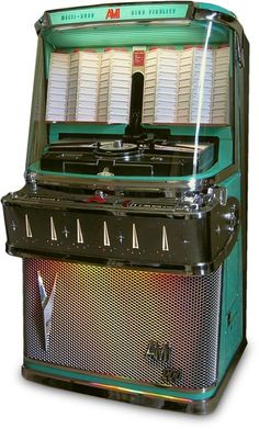 Vintage 100 Select O Matic Tin Toy Jukebox Bank Haji Made in Japan Vintage Music, Retro Vintage, Vintage Items, 1950 Music, Vintage Candy, Radios, Jukebox, Estilo Interior, Music Machine