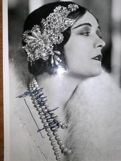POLA NEGRI original signed B&W Portrait. Striking photo. Major Silent Film Star