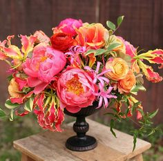 A gorgeous burst of color with pink peonies, roses, and gloriosa lilies by /floralverde/ in our Lion Handle Urn. Beautiful Flower Arrangements, Fresh Flowers, Spring Flowers, Beautiful Flowers, Beautiful Fruits, Arrangements Ikebana, Floral Arrangements, Peony Arrangement, Gloriosa Lily