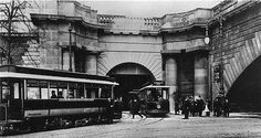 Kingsway Tram tunnel southern portal. Vintage London, Old London, Waterloo Bridge, London Pictures, London Transport, Old And New, Old Photos, Louvre, Old Things