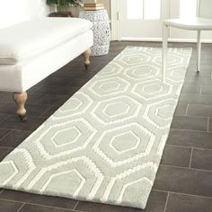 """Amazon.com - Safavieh Chatham Collection CHT731E Handmade Grey and Ivory Wool Area Runner, 2 feet 3 inches by 9 feet (2'3"""" x 9') -"""