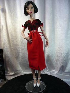 Ooak doll  TONNER  DÉJA VU   Antoinette Cami robe rouge et dentelle noire de la boutique dollofdawn sur Etsy