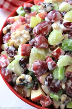 Dessert Salads, Fruit Salad Recipes, Wardolf Salad Recipe, Jello Salads, Creamy Fruit Salads, Summer Salad Recipes, Summer Salads, Waldorf Salat, Healthy Snacks