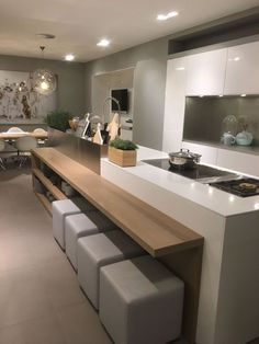 45 Stunning Modern Dream Kitchen Design Ideas And Decor 38 Farmhouse Style Kitchen, Home Decor Kitchen, Rustic Kitchen, Kitchen Furniture, New Kitchen, Kitchen Ideas, Kitchen Inspiration, Kitchen Hacks, Awesome Kitchen