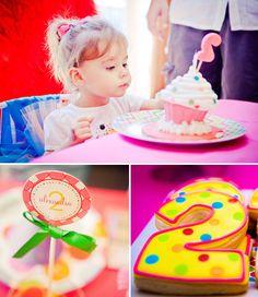 Girly Elmo Birthday Party + Rainbow Chevron // Hostess with the Mostess®