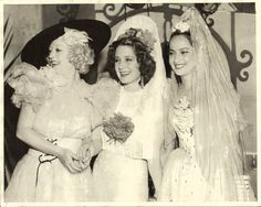 A Spanish affair! Marion Davies, Norma Shearer and Merle Oberon