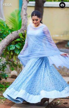 Beautiful Rashmi Gautam Latest Pics  #Vega #Entertainment #VegaEntertainment