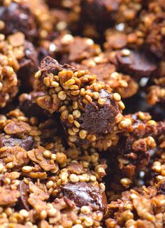 Chocolate Quinoa Granola Recipe -- Healthy breakfast, snack, treat or a special gift. Type of a quinoa that kids will eat. #cleaneating #glutenfree