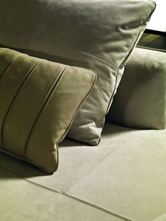 Upholstery Cushions, Throw Cushions, Sofa Pillows, Throw Pillow, Classic Home Furniture, Interior Design Institute, Fabric Rug, Modular Sofa, Living Furniture