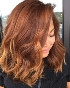 Long Wavy Ash-Brown Balayage - 20 Light Brown Hair Color Ideas for Your New Look - The Trending Hairstyle Hot Hair Colors, Hair Color Auburn, Hair Color Highlights, Red Hair Color, Hair Color Balayage, Brown Hair Colors, Copper Balayage, Auburn With Highlights, Ombre Hair