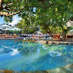 The Breezes Bali Resort & Spa, Seminyak: See 1,532 traveler reviews, 1,006 candid photos, and great deals for The Breezes Bali Resort & Spa, ranked #23 of 137 hotels in Seminyak and rated 4.5 of 5 at TripAdvisor.