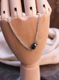 Items similar to Minimalistic Dainty Grey Gemstone Hematite Silver Chain Bracelet Gift on Etsy Bracelet Making, Jewelry Making, Dainty Jewelry, Unique Jewelry, Minimalist Design, Gemstones, Chain, Trending Outfits, Grey