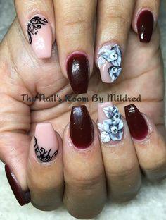 Dark cherry & beige @ The Nail's Room #thenailsroom #uñas #uñasacrilicas #uñasdecoradas #nails #nailart #nailswag #notpolish #nudenails #3dnailart #acrylic #acrylicnails #coffinnails #handpaintednailart #prettynails #nailprodigy #nailaddict