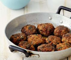 Αφράτα κεφτεδάκια τηγανητά | Συνταγή | Argiro.gr Salty Foods, Ethnic Recipes, Recipes, Savory Foods