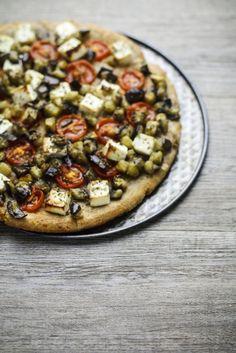 - VANIGLIA - storie di cucina: Intermezzo: torta salata di farro integrale, con olio d'oliva, yogurt greco, melanzane, pomodorini e origano