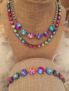 Beautiful Rivoli crystal 6 stone necklace and matching bracelet in bright… Swarovski Crystal Necklace, Swarovski Jewelry, Crystal Jewelry, Crystal Beads, Beaded Jewelry, Swarovski Crystals, Handmade Jewelry, Handmade Art, I Love Jewelry