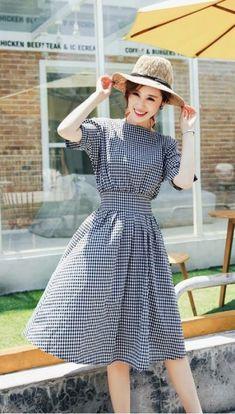 Xuongthoitrang.com.vn - Đầm Xòe Vintage Caro Nhí Dễ Thương