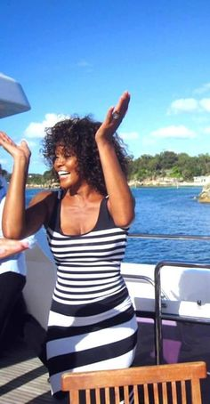 Whitney Houston, Beverly Hills, New Jack Swing, Famous Singers, African American Women, Beautiful Black Women, Queen, Black Girl Magic, My Girl