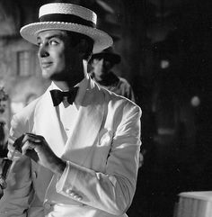 Cary Grant in Enter Madame! (1935). He was not a huge star when this came out! #carygrant #40s #suit #love #fashion #50s #dress #60s…