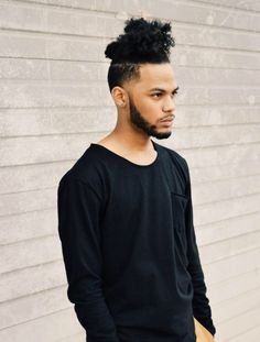 mequetrefismos-cortes-de-cabelos-afro-masculino-degrade-under-cut