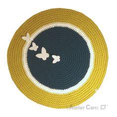 tapis rond au crochet sujets en relief