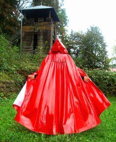 Lackcape-Regencape-Raincoat-Regenmantel-Rain-Cape-Lack-ROT-RIESIG
