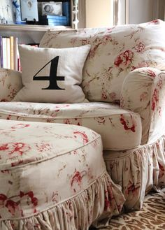 1000 Images About Shabby Chic Sofa Slipcovers On