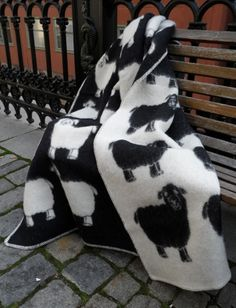 Shop for wool blanket on Etsy, the place to express your creativity through the buying and selling of handmade and vintage goods. Merino Wool Blanket, Luxury, Trending Outfits, Handmade Gifts, Etsy, Clothes, Little Cottages, Kid Craft Gifts, Outfits