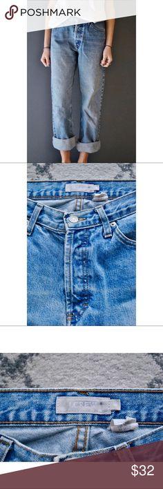 J. Crew | Women's Size 6 Boyfriend Jeans Women's size 6 pair of J.crew jeans. Great condition! Measurements available upon request. J.Crew Factory Pants Ankle & Cropped