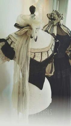 136 meilleures images du tableau mannequin couture dress form mannequin vintage dresses et. Black Bedroom Furniture Sets. Home Design Ideas