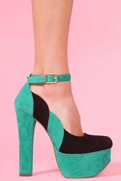 lovely #turquoise and black #heels