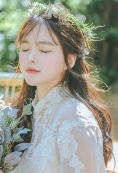 Like Beauty Life fo Keep Cover Korean Wedding, Cute Korean Girl, Beautiful Asian Girls, Girl Photography, Korean Photography, Ulzzang Girl, Wedding Makeup, Girl Photos, Girl Model