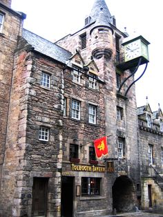 Tolbooth Tavern on the Royal Mile Edinburgh #Edinburgh #Scotland