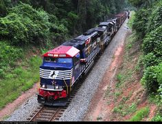 RailPictures.Net Photo: NS 6920 Norfolk Southern EMD SD60E at Waverly, Alabama by Frank Orona