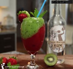 Frozen Strawberry Kiwi Mojito - For more delicious recipes and drinks, visit us here: www.tipsybartender.com