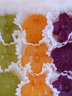 『カラフル羊羹〜Colorful Yokan』 Japanese Agar confectioneries flavored with fruits, herbs and flowers. These match cheese very well. Please enjoy them with tea, champagne and wine. *styling / photo / sweets : Midori Morohoshi(http://ameblo.jp/greenonthetable/imagelist.html)