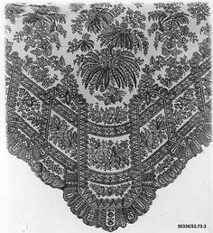 Shawl, century French (Chantilly) silk, bobbin lace - imagine the hours that went into this gorgeous work!