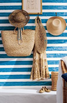 Cool Chic Style Fashion: Happy weekend : ❝ Inspired .... A maritime palette of white and blue ❞