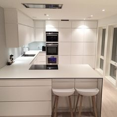Open Plan Kitchen, Kitchen Reno, New Kitchen, Kitchen Remodel, Kitchen Room Design, Kitchen Layout, Interior Design Kitchen, Beautiful Kitchen Designs, Beautiful Kitchens
