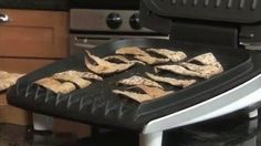 Make your own pita chips... it's so easy!  Watch this!  LIVE BIG!