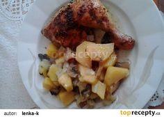 Kuře z jednoho pekáče recept - TopRecepty.cz French Toast, Chicken, Meat, Breakfast, Food, Red Peppers, Morning Coffee, Essen, Meals