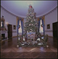 The Christmas tree in the Carter White House, 1978