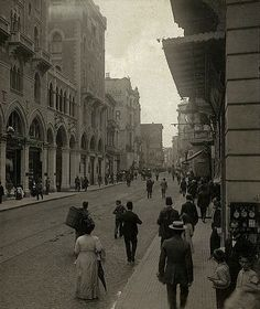 Postcard views of Beyoglu / Pera