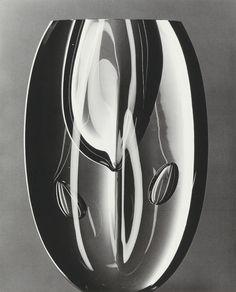 "Timo Sarpaneva - ""Claritas""-vase - 1986 / Photo: Hans Hansen"