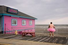 Photographer focuses on helping breast cancer patients : A New York photographer originally from the Valley, Carey is raising money for people undergoing cancer treatment via The Tutu Project, a series of arresting self-portraits in which he wears a gauzy skirt and not much else.