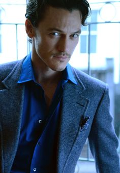 Luke Evans!  Thanks to his role as Bard the Bowman in the Desolation of Smaug, I've now got a major crush on this guy.