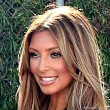 kim kardashian blonde 2013 - i  actually really like her hair like this